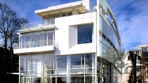 """Eine """"Bürovilla"""" am Alsterufer von Richard Meier"""
