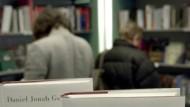 """Neuerscheinung mit Verkaufsstopp: Goldhagens """"Die katholische Kirche und der Holocaust"""""""