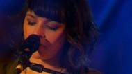 """Drei Jahre ist es her, dass die amerikanische Sängerin mit einem eigenen Album aufwartete. In dieser Woche stellte sie ihre aktuelle Platte """"Little Broken Hearts"""" im Kölner Rockpalast vor."""