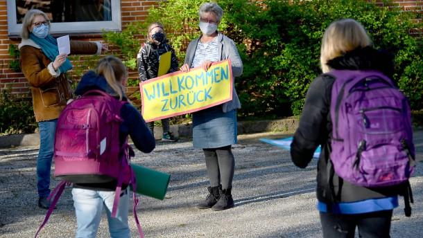 Karliczek fordert vollen Unterrichtsbetrieb im neuen Schuljahr