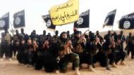 Tue Böses und rede darüber: Kämpfer des IS beim Fototermin für die Propaganda-Abteilung