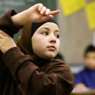 """""""Die vielen Erfolgreichen wenden sich ab, wenn sie wieder über ihre Religion definiert werden"""" - schreibt Armin Laschet"""