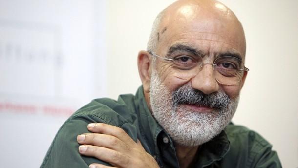 Journalisten scheitern mit Klagen gegen ihre Haft