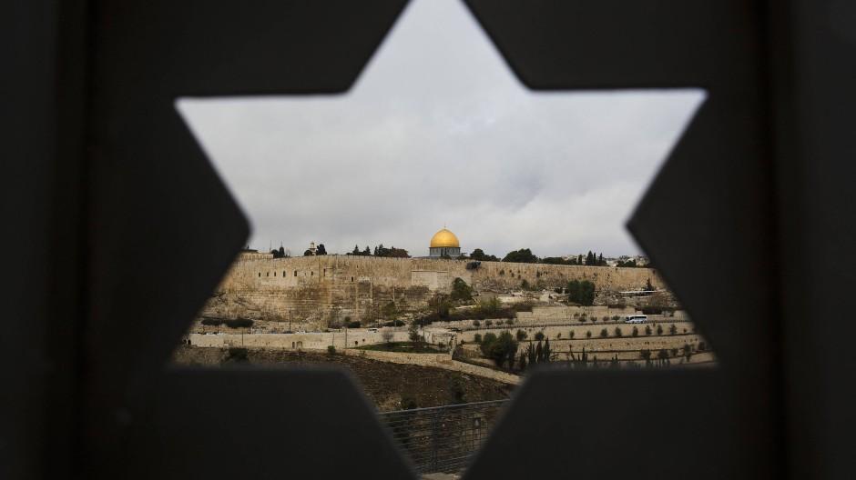 Guckloch: Blick auf die Altstadt Jerusalems mit dem Tempelberg