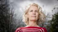 Arbeitete wie ihre etwas zu perfekte Romanheldin lange für den BBC: Renee Knight.
