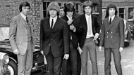 "Hier ist noch nichts zu sehen von ""seltsam affenähnlichen Bewegungen"": Charlie Watts, Brian Jones, Keith Richards, Mick Jagger und Bill Wyman 1965 in London"