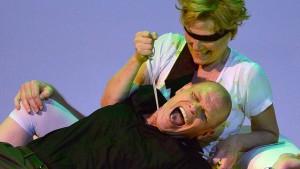 Konwitschny wagt krasse Neuinszenierung – und gewinnt