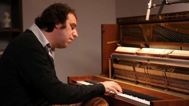 Diese Klavierstunde vergisst man nicht so rasch