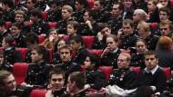 Gehört die Uniform im Hörsaal bald der Vergangenheit an? Kadetten der École Polytechnique