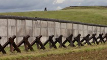 Einst grenzte hier der Westen an den Osten: Denkmal in Hötensleben im Bördekreis