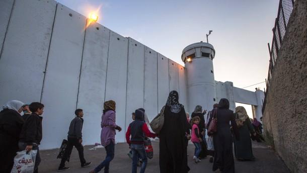 Die neue Mauer steht im Orient