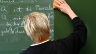 Zurück zur Tafel? Die Suche nach der passenden Unterrichtsmethode bleibt beschwerlich.