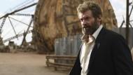 Zähl die Haare im Gesicht, doch die Schmerzen zähle nicht: Logan (Hugh Jackman) ist des Mordens müde.