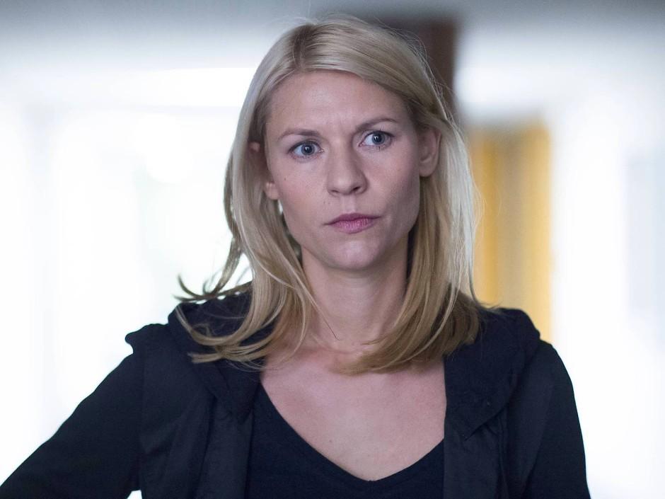 """In der deutschen Fassung melancholisch-theatralisch, im Original tough und gefasst: Claire Danes in """"Homeland""""."""