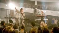 Drei gealterte Techno-Helden, eine Vision: Fraktus auf der Bühne
