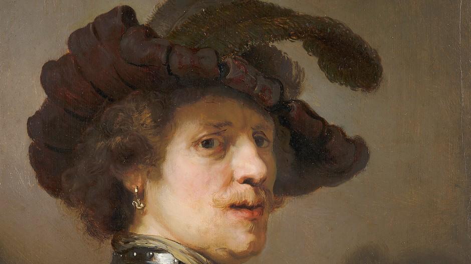 """Auf Rembrandts Tronie """"Mann mit Federbarett"""" wirft nicht nur der Ohrring Schatten, auch die Signatur  wird verschattet."""