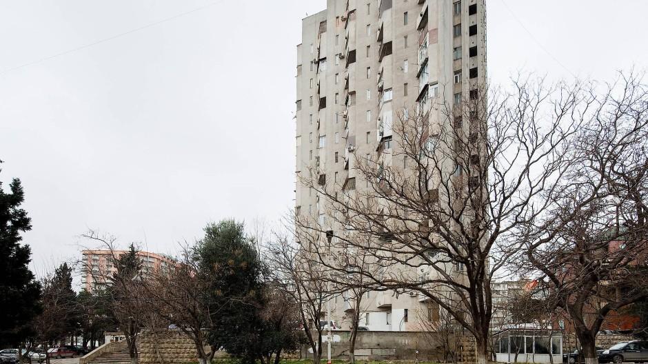 """Das Wohnhochhaus """"Gosstroi"""" im aserbaidschanischen Baku"""