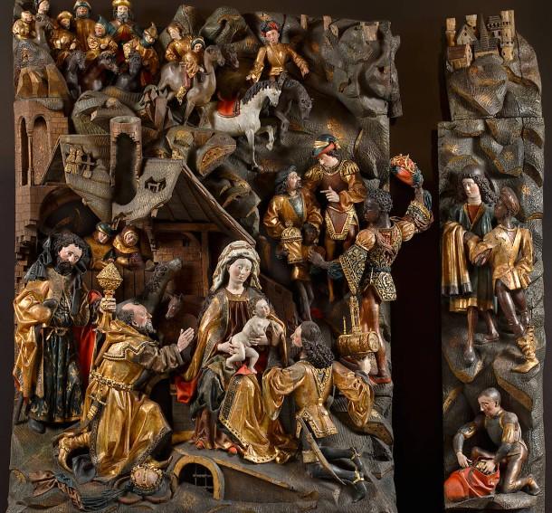 """Selbst in diesem Gewusel leuchtet die signalrote Tasche des Dieners rechts unten heraus: Gesamtansicht der """"Anbetung der Heiligen Drei Könige"""" von Meister Arnt von Zwolle und Werkstatt, 1480–1490."""