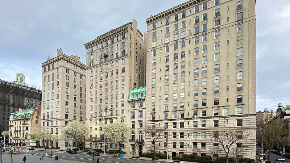 Beste Lage: In diesem schmalen fünfgeschossigen New Yorker Stadthaus gegenüber vom Metropolitan Museum of Art residierte jahrzehntelang das Goethe-Institut. Von 2025 an soll dort ein Zentrum für transatlantische Begegnungen seinen Sitz haben.