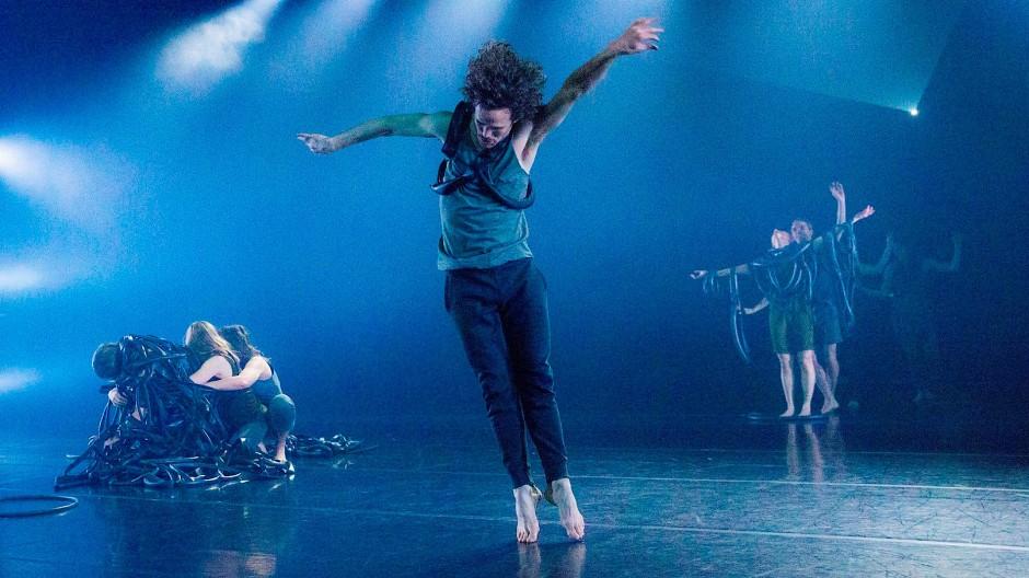 Auf dem Sprung: Die Iceland Dance Company im Tanzhaus NRW.