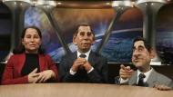 """Spott unerwünscht: Die bekannte Puppen-Satireshow """"Les Guignols de l'Info"""" darf sich nicht mehr über französische Politiker lustig machen. Im Jahr 2007 nahm sie noch Segolene Royal, Nicolas Sarkozy (rechts) und Francois Bayrou auf die Schippe."""