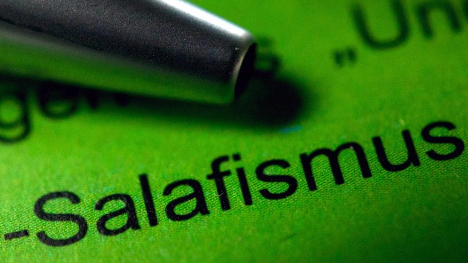 Der Salafismus ist eine Gefahr für die Demokratie. Die Szene wird vom Verfassungsschutz beobachtet.
