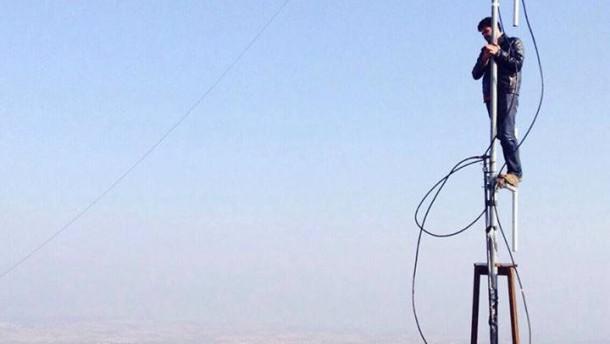 Auch die Antennen werden bombardiert