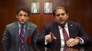 """Zwei Branchenfremde auf dem Weg zum Waffendeal: Miles Teller (links) und Jonah Hill in """"War Dogs"""" von Todd Phillips haben reale Vorbilder."""