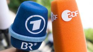 Was ist der Auftrag von ARD und ZDF?