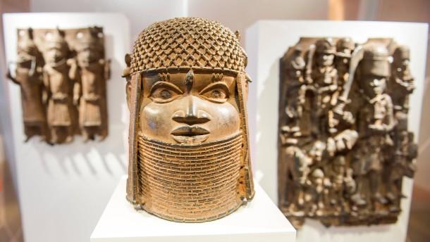 Müssen die berühmten Benin-Bronzen zurückgegeben werden?