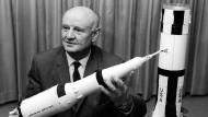 Erst V-2, dann Saturn-Rakete: Arthur Rudolph entwickelte fleißig.