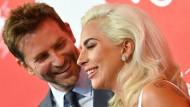 Tun, was sie können: Bradley Cooper und Lady Gaga in Venedig.
