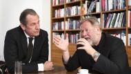 Die Einseitigkeit der Wertschöpfung, die das Internet im Augenblick auszeichnet, wird nicht gutgehen: Mathias Döpfner und Dieter Gorny im Gespräch.
