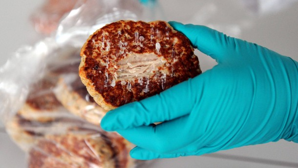 Landeslabor untersucht Fleischproben auf Pferdefleisch