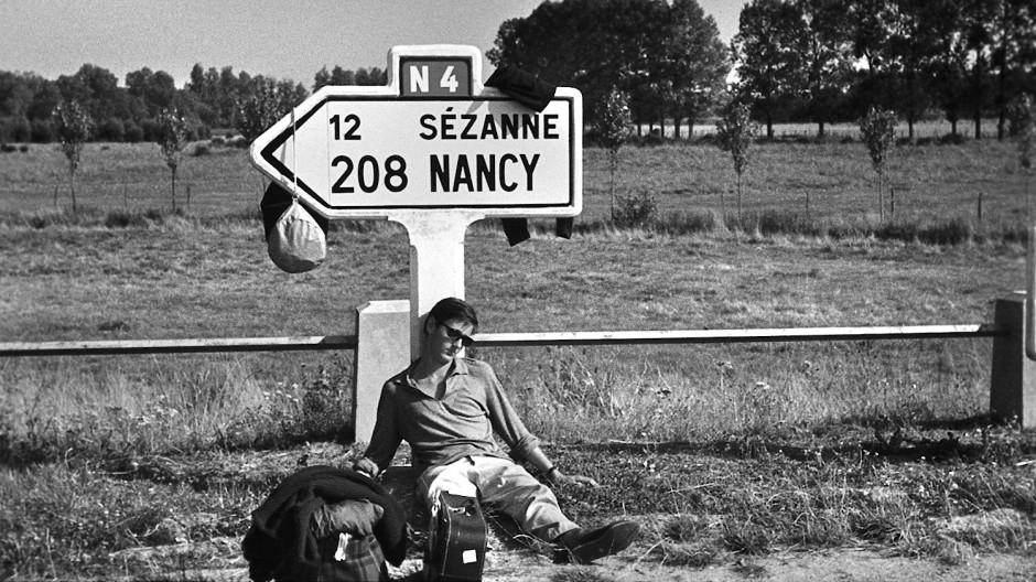 Der Autor und Regisseur als junger Mann: Helmut Dietl als lässiger Twen auf einer Frankreich-Reise.