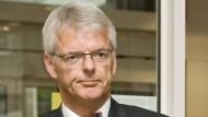 Helmut Reitze tritt zurück