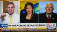 Macht Stimmung gegen die Präsidentenwahl: Die Fox-News-Moderatorin Maria Bartiromo (Mitte) lässt Zweifler zu Wort kommen, die keine Argumente haben.