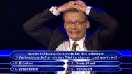 """Hätten Sie es gewusst? Günther Jauch bei """"Wer wird Millionär?""""."""