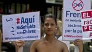 """Sie sagt """"Ja"""" zur Pressezensur: Eine Demonstrantin in Caracas erklärt sich mit der Abschaltung von CNN einverstanden."""