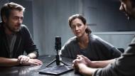 Ein ganz spezielles Verhör: Reto Flückiger (Stefan Gubser) und Liz Ritschard (Delia Mayer) ermitteln.
