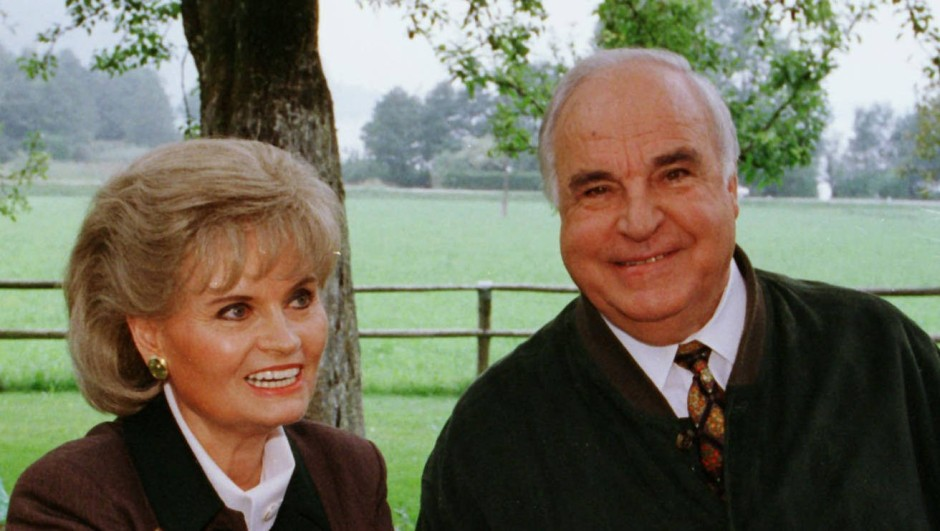 Das Ehepaar Kohl im August 1998 im Urlaub am Wolfgangsee