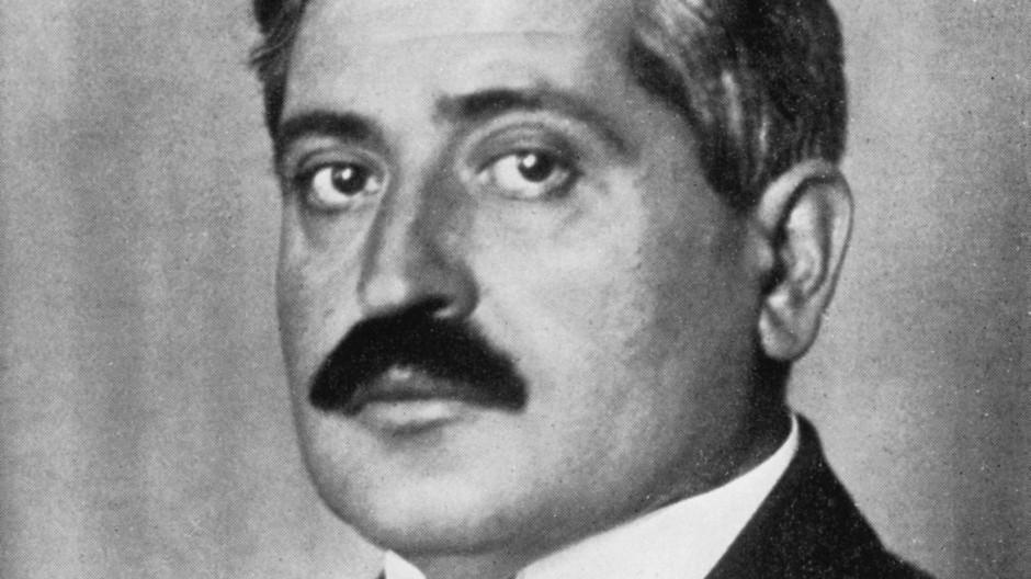 Eine Porträtaufnahme von Talât Pascha um 1920