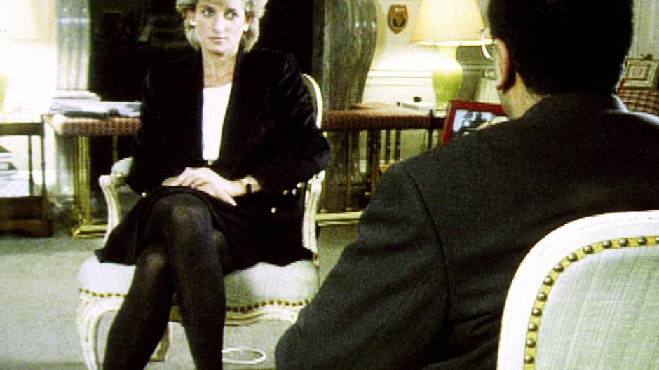 Für den Journalisten Martin Bashir war das 1995 ein Coup: Bild aus dem berühmten Interview mit Prinzessin Diana.