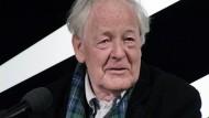 Den Schrecken der Realität sah er schon als Kind, und holte ihn als Regisseur in die filmische Wirklichkeit: Hans-Jürgen Syberberg.