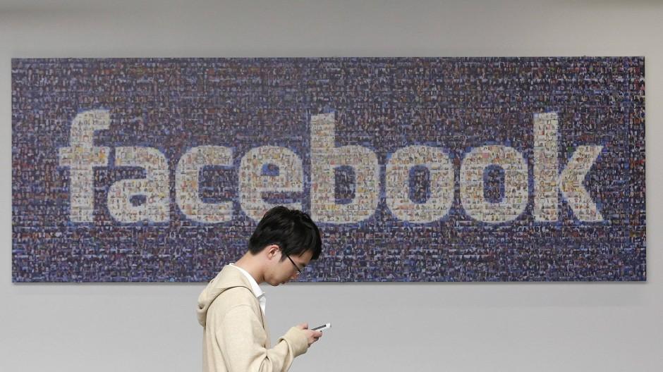 Vertieft in Qualitätsinhalte: Neulich am Facebook-Firmensitz in Menlo Park