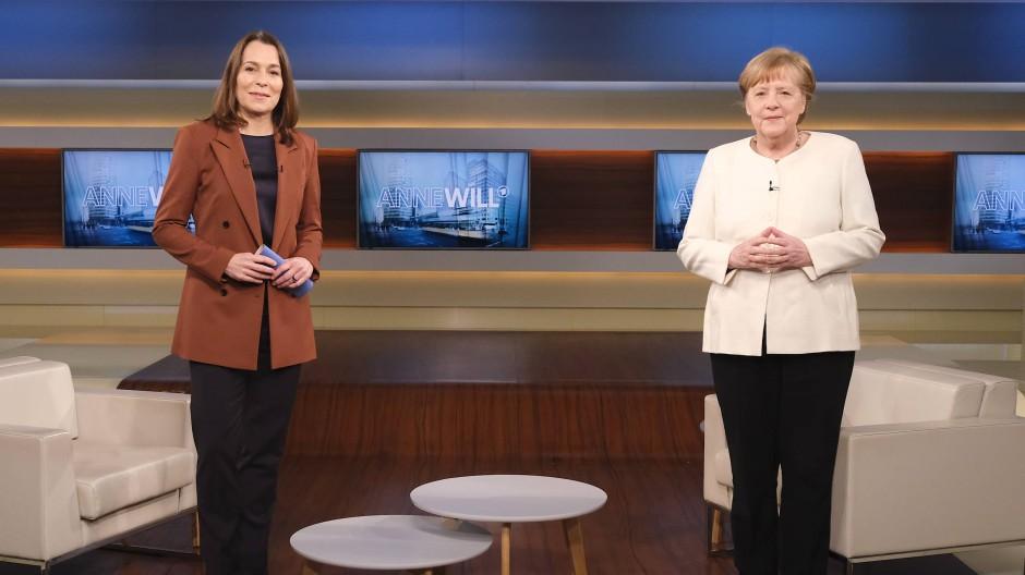 Es wurde nicht wirklich hitzig im Studio: Anne Will und  Bundeskanzlerin Angela Merkel.