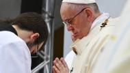 Dieser Jesuit dürfte jedem bekannt sein: Papst Franziskus.