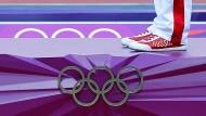 No dope, no hope: Mit seiner Haltung zum Doping tritt das IOC die Olympische Idee mit Füßen. Trotz Staatsdopings sind 271 russische Sportler in Brasilien dabei.
