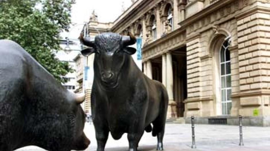 Börse Frankfurt: Nach welchen Regeln bewegen sich Bulle und Bär?