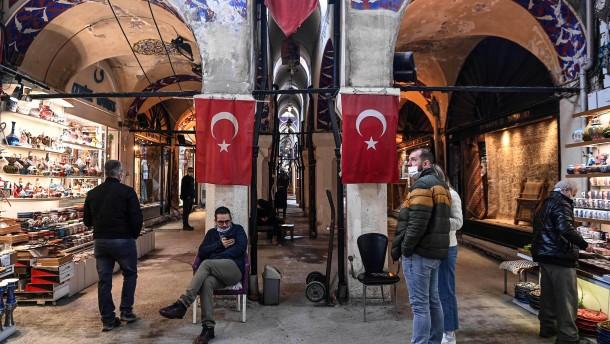 Biden stürzt türkische Lira in neue Krise